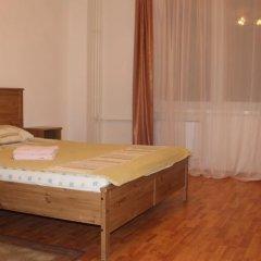 Апартаменты Petal Lotus Apartments on Tsiolkovskogo комната для гостей фото 2