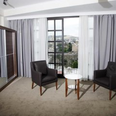 Отель Цитадель Нарикала 4* Улучшенный номер двуспальная кровать фото 11