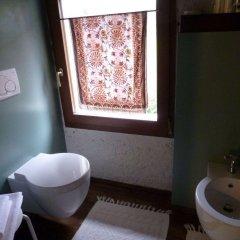 Отель B&B La Suita Италия, Чизон-Ди-Вальмарино - отзывы, цены и фото номеров - забронировать отель B&B La Suita онлайн ванная