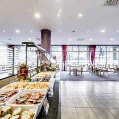 Отель Holiday Inn Express Berlin City Centre 3* Стандартный номер с двуспальной кроватью