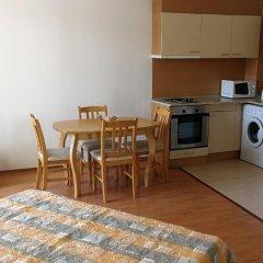 Отель Yassen VIP Apartaments Апартаменты с различными типами кроватей фото 37