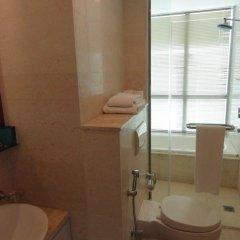Отель Sea View Monarch Apartment Шри-Ланка, Коломбо - отзывы, цены и фото номеров - забронировать отель Sea View Monarch Apartment онлайн ванная