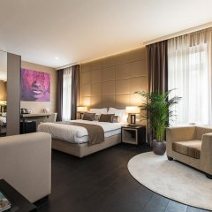 Отель Dominic & Smart Luxury Suites Republic Square 4* Представительский люкс с различными типами кроватей фото 11