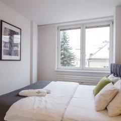 Отель Dluga Apartament Old Town Улучшенные апартаменты с различными типами кроватей фото 3