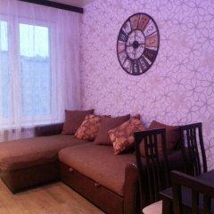 Апартаменты Apartment Slavyanka комната для гостей