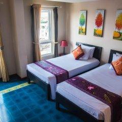 Отель Vietnam Backpacker Hostels - Downtown Номер Делюкс с различными типами кроватей