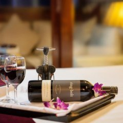 Отель Halong Paloma Cruise 4* Представительский люкс с различными типами кроватей фото 6