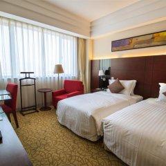 Отель Holiday Inn Shanghai Hongqiao Central 4* Улучшенный номер с различными типами кроватей