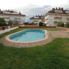 Отель Apartamentos Playa del Sable Испания, Арнуэро - отзывы, цены и фото номеров - забронировать отель Apartamentos Playa del Sable онлайн бассейн