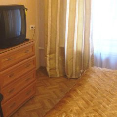 Мини-отель Лира Стандартный номер с двуспальной кроватью (общая ванная комната) фото 14