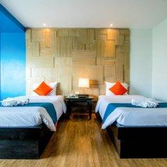 Отель Sea Breeze Jomtien Resort 4* Улучшенный номер с различными типами кроватей фото 4