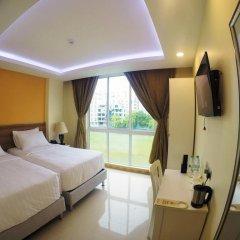 Отель The Melrose 3* Номер Делюкс с 2 отдельными кроватями