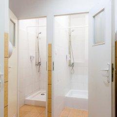 Chłodna29 Hostel Стандартный номер с двуспальной кроватью (общая ванная комната) фото 5