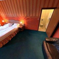 Hotel Bugatti 3* Стандартный семейный номер с двуспальной кроватью фото 4