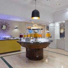 Отель Los Monteros Spa & Golf Resort интерьер отеля