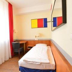 Hotel City Gallery Berlin 3* Номер категории Эконом с различными типами кроватей
