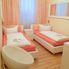 Отель City Guesthouse Pension Berlin 3* Стандартный номер с двуспальной кроватью фото 4