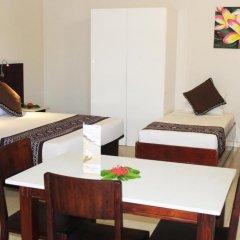 Smugglers Cove Beach Resort and Hotel 3* Люкс с различными типами кроватей фото 5