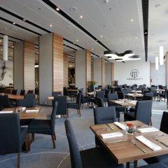 Отель Warsaw Plaza Hotel Польша, Варшава - 1 отзыв об отеле, цены и фото номеров - забронировать отель Warsaw Plaza Hotel онлайн питание фото 3