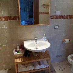 Отель Agriturismo Borgovecchio Палаццоло-делло-Стелла ванная фото 2