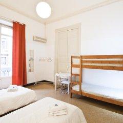 Mamamia Hostel and Guesthouse Кровать в общем номере с двухъярусной кроватью фото 6