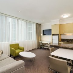 Отель Clarion Suites Gateway Люкс с различными типами кроватей фото 4