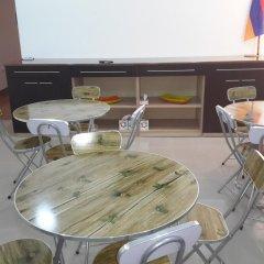 Отель Guest House West Yerevan в номере фото 2