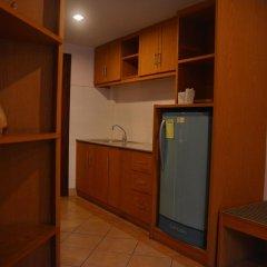 Отель Seven Oak Inn 2* Стандартный семейный номер с двуспальной кроватью