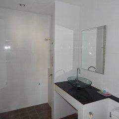 Отель Jinta Andaman 3* Семейный номер Делюкс с двуспальной кроватью фото 4