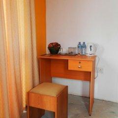 Отель Raj Mahal Inn 3* Стандартный номер с различными типами кроватей фото 20