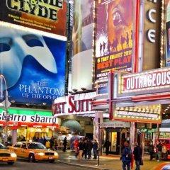 Renaissance New York Times Square Hotel городской автобус