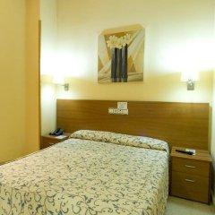 Отель Ciutat de Sant Adria 2* Стандартный номер с различными типами кроватей фото 8
