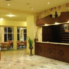 Отель Kings Way Inn Petra Иордания, Вади-Муса - отзывы, цены и фото номеров - забронировать отель Kings Way Inn Petra онлайн интерьер отеля фото 2