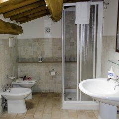 Отель Agriturismo Pompagnano Италия, Сполето - отзывы, цены и фото номеров - забронировать отель Agriturismo Pompagnano онлайн ванная