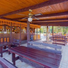 Гостиница Baza otdykha Plyazhniy poselok гостиничный бар