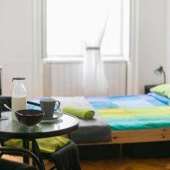 Friends Hostel and Apartments Budapest Стандартный номер фото 3