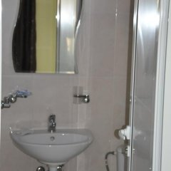 Отель Stai Simona Болгария, Плевен - отзывы, цены и фото номеров - забронировать отель Stai Simona онлайн ванная