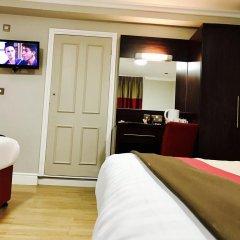 Royal Cambridge Hotel 3* Стандартный семейный номер с двуспальной кроватью фото 2