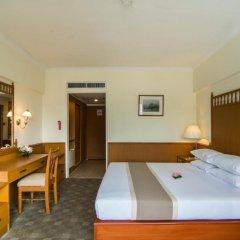 Bangkok Palace Hotel 4* Улучшенный номер с двуспальной кроватью