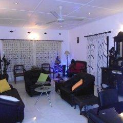 Отель Taprobane Home Stay - Negombo интерьер отеля фото 2