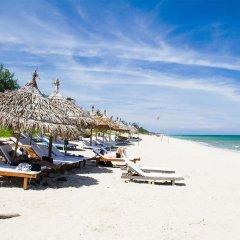 Отель An Bang Sunrise Beach Bungalow пляж