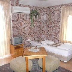 Shans 2 Hostel Стандартный номер с 2 отдельными кроватями фото 9
