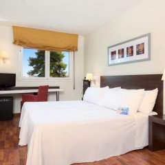 Отель TRYP Valencia Feria комната для гостей