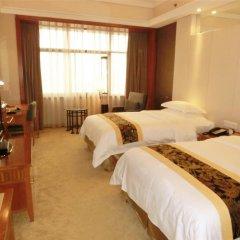 Baiyun Hotel Guangzhou 4* Стандартный номер с различными типами кроватей фото 3