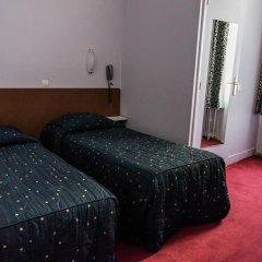 Отель Hôtel Exelmans 2* Стандартный номер с двуспальной кроватью фото 2