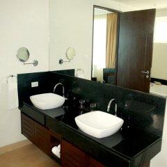 Отель Charming Pool Villa ванная