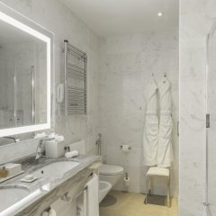 Aleph Rome Hotel, Curio Collection by Hilton 5* Номер Делюкс с различными типами кроватей