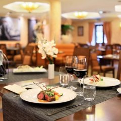 Отель Lindner Hotel Prague Castle Чехия, Прага - 2 отзыва об отеле, цены и фото номеров - забронировать отель Lindner Hotel Prague Castle онлайн питание фото 3