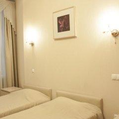 Амос Отель Невский комфорт 3* Стандартный номер с 2 отдельными кроватями фото 10