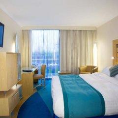 Radisson Blu Hotel London Stansted Airport 4* Стандартный номер с различными типами кроватей фото 4